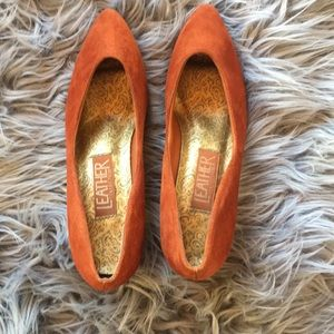 Vintage genuine leather high heels